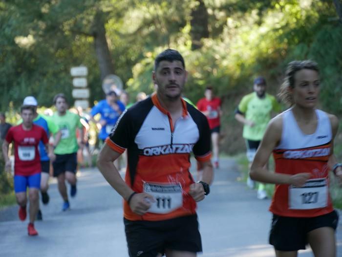 Felipe Larrazabal eta Maider Urtaran garaile San Joan Astobitzako krosean - 15