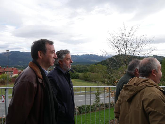 Gaur inauguratu dute Aiarako nagusien egoitza berria - 60