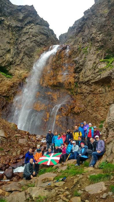 Armeniako 3.000 metroko tontorrak igo dituzte Mendiko Lagunakeko kideek - 8