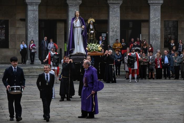 Laudion ere prozesioak hartu zuen kalea Ostiral Santuan - 12