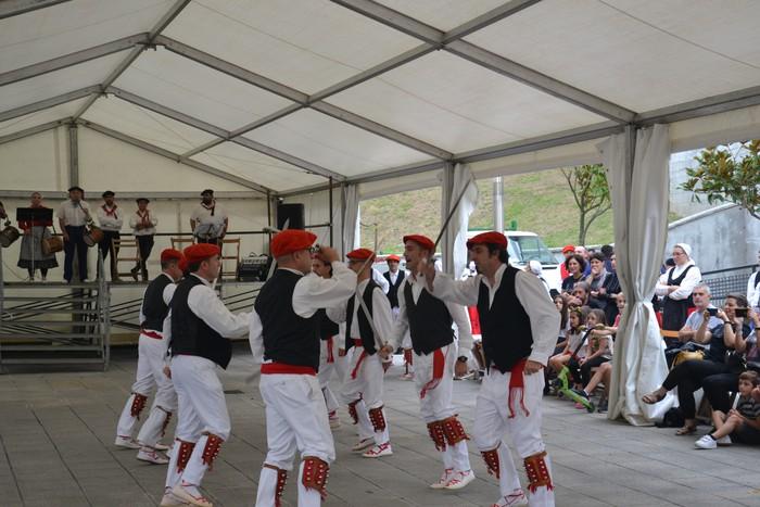 Untzueta dantza taldeak 35. urteurrena ospatu zuen atzo - 68