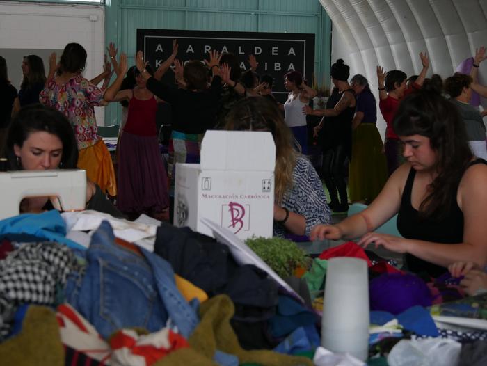 Aiaraldeko emakume feministen topaketa argazkitan - 95