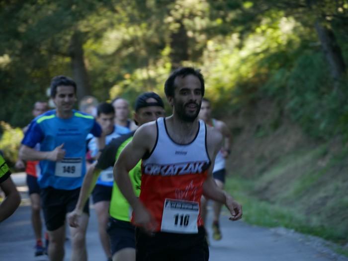 Felipe Larrazabal eta Maider Urtaran garaile San Joan Astobitzako krosean - 8