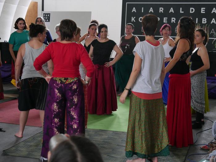 Aiaraldeko emakume feministen topaketa argazkitan - 91
