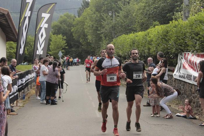 Jon Durana eta Maider Urtaran garaile San Joan Astobitzako krosean - 67