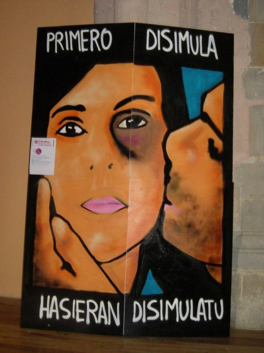 Emakumeenganako indarkeriaren kontrako sentzibilizazio kanpaina antolatu du Caritas-ek Gazte Asanbladaren laguntzarekin.