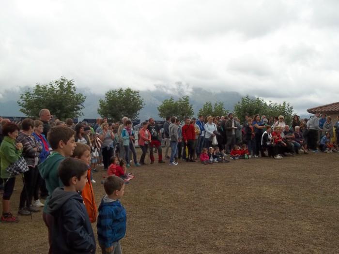 Etxaurrengo jaiak ospatu zituzten atzo baselizaren bueltan - 21