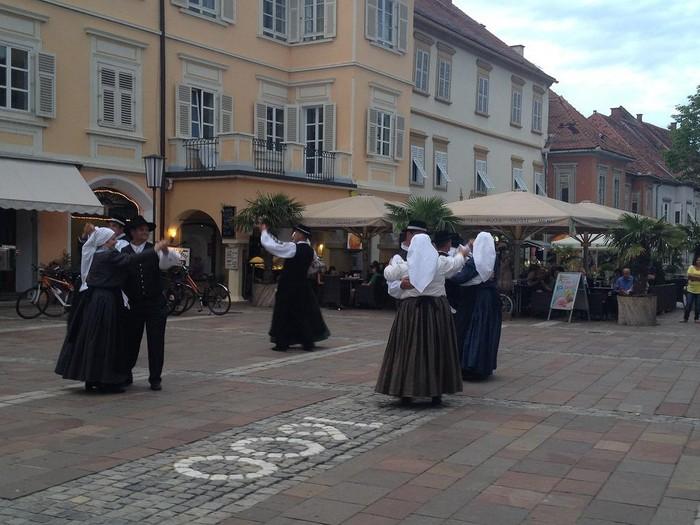 Aiara Dantza Taldea Eslovenian - 7