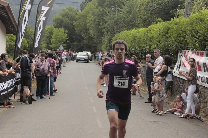 Jon Durana eta Maider Urtaran garaile San Joan Astobitzako krosean - 77