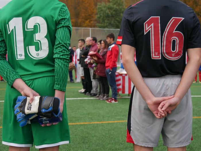 Futbol txapelketa egin dute Jon Urkijo Labururen omenez