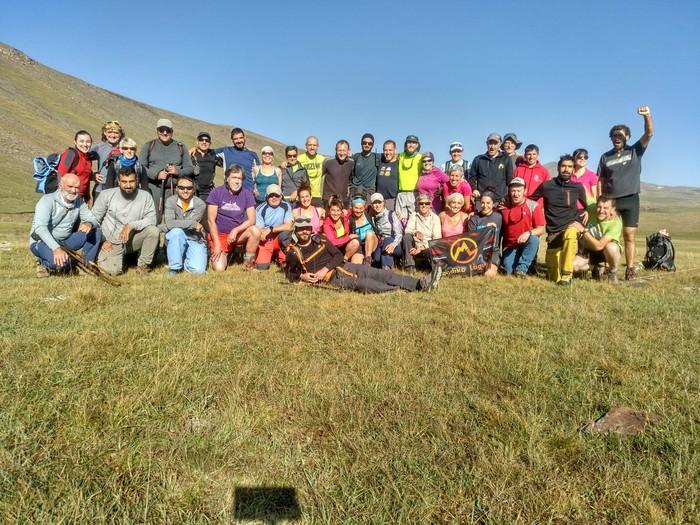 Armeniako 3.000 metroko tontorrak igo dituzte Mendiko Lagunakeko kideek - 4