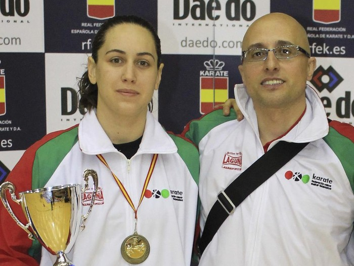 Jessica Gordo eta Angel Daza Europako Unibertsitate Karate Txapelketan arituko dira Budapesten