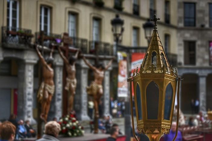 Laudion ere prozesioak hartu zuen kalea Ostiral Santuan - 2
