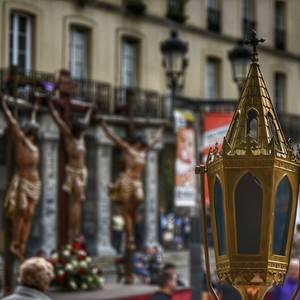 Laudion ere prozesioak hartu zuen kalea Ostiral Santuan