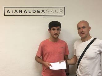 Iker Olabarria Aretxaga irabazi du Josito memorialean parte hartzeko dortsala