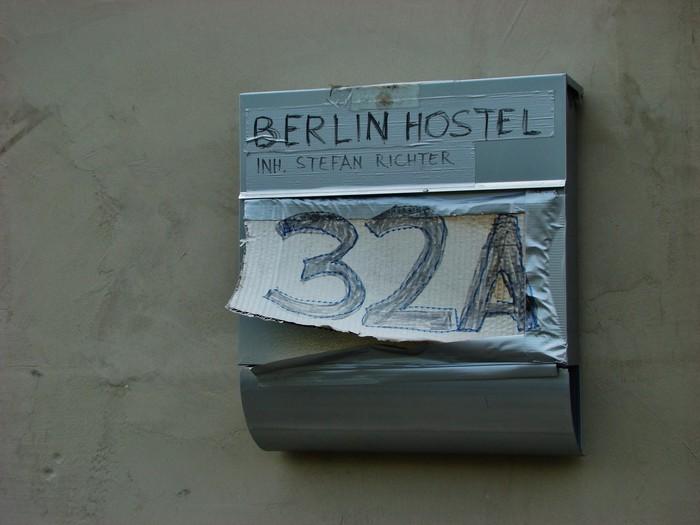UKML. Berlin, ezin ihesi