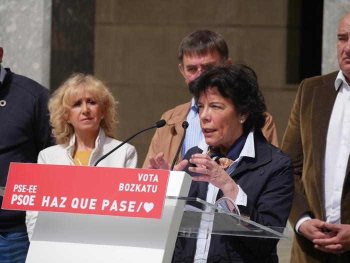 Isabel Celaák ziurtatu du egun gutxi barru konponduko dutela behin betiko Nerbioiko saneamenduaren arazoa - 12