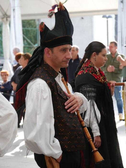 Folklore jaialdia egin zuen atzo Galiziar Etxeak - 14