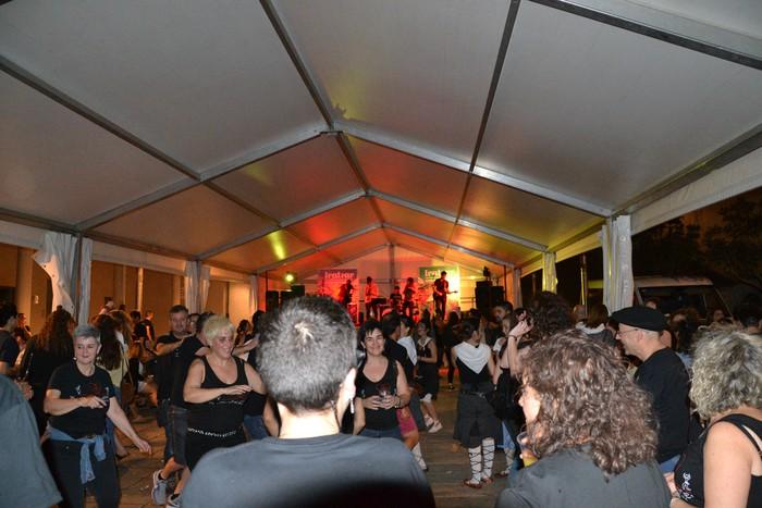 Untzueta dantza taldeak 35. urteurrena ospatu zuen atzo - 96