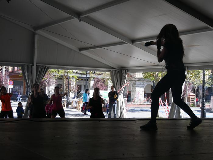 Dantza eta kirolarekin bukatu zuten Korrika Kulturala Foru plazan - 21