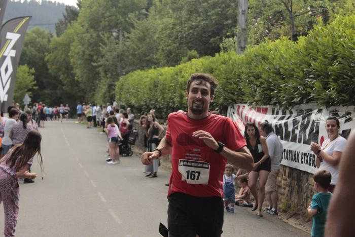 Jon Durana eta Maider Urtaran garaile San Joan Astobitzako krosean - 68