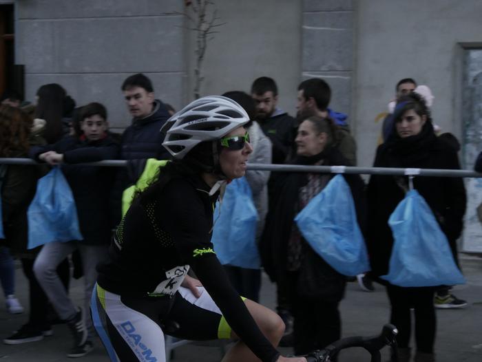 Ander Ganzabalek irabazi du San Silbestre lasterketa jendetsua - 136