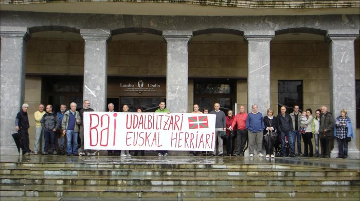 Udalbiltza auziaren aurkako protesta Laudion