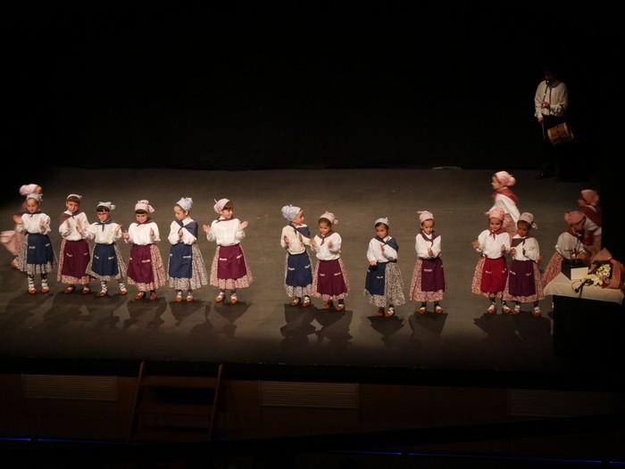 Guk saria jaso du Aiara dantza taldeak - 89