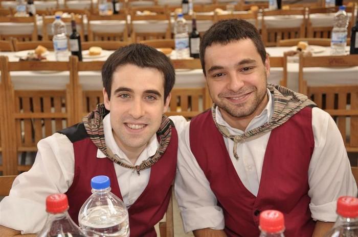 Laudioko Jaiak 2011: Kuadrillen Bazkaria 1 - 9