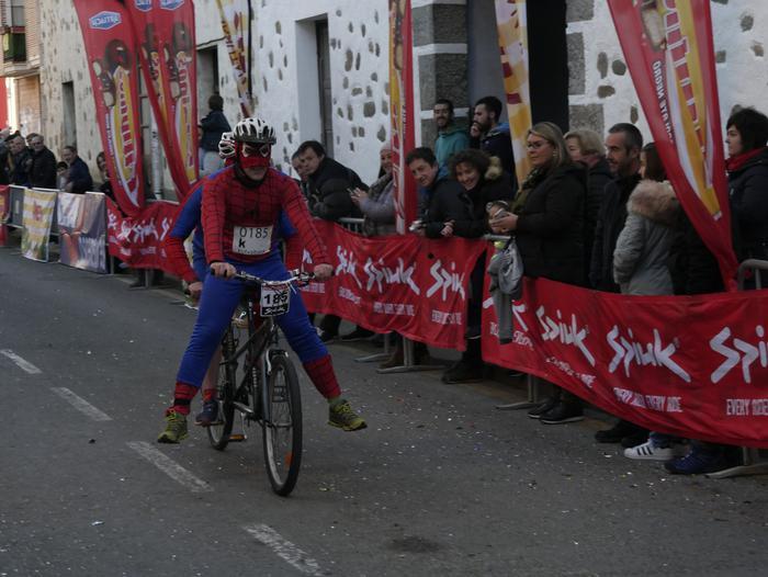 Ander Ganzabalek irabazi du San Silbestre lasterketa jendetsua - 126