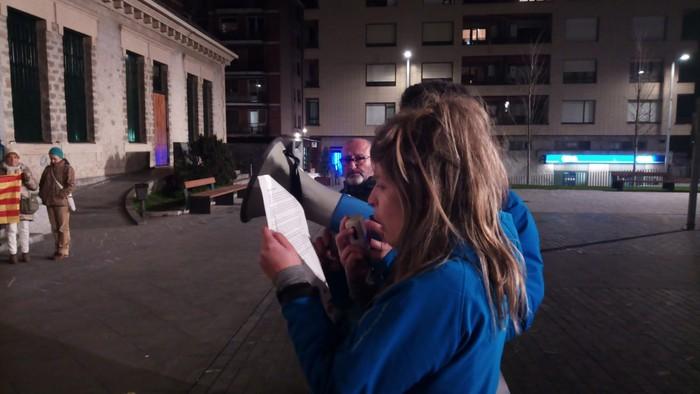 Kataluniako erreferendumagatik auziperatutako politikarien aldeko elkarretaratzea egin zuten atzo - 4