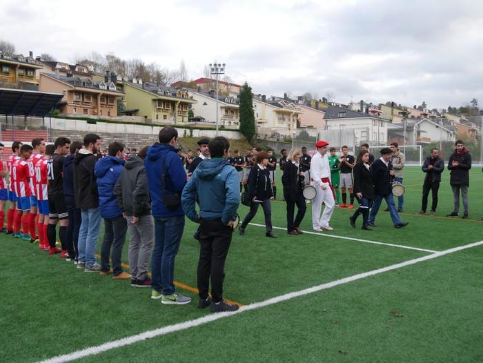 Futbol txapelketa egin dute Jon Urkijo Labururen omenez - 17