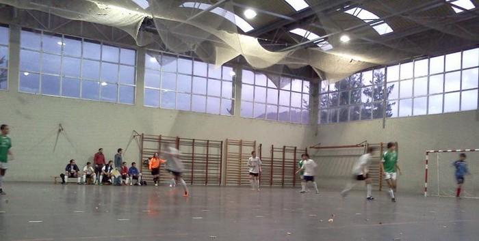 Binako berdinketa Laudio eta Amurrioko areto futboleko taldeen artean