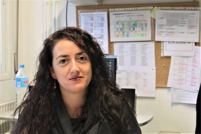 """ELKARRIZKETA_Ainhoa Calvo """"Mekanikoak diren lanak gutxiago kostatzen zaizkie ikasleei"""""""