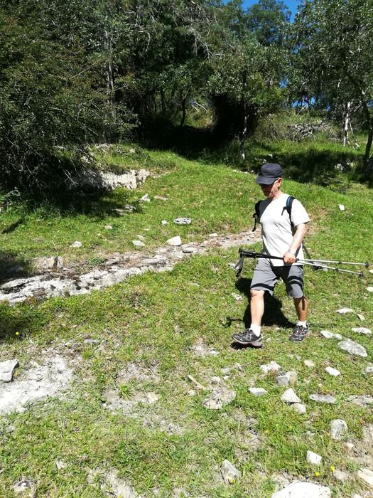 Eguzkia lagun, jende ugari batu du Kexaako mendi ibilaldiak - 38