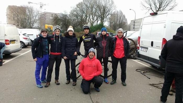 Koba Ciclyng eta Aiara Txirrindula taldeetako zenbait kide lehiatu ziren Belgikan
