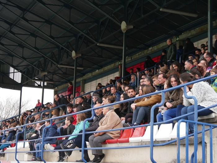 Futbol txapelketa egin dute Jon Urkijo Labururen omenez - 19