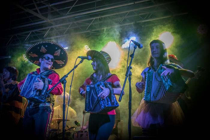 Eskualdeko musikariak, festarik festa