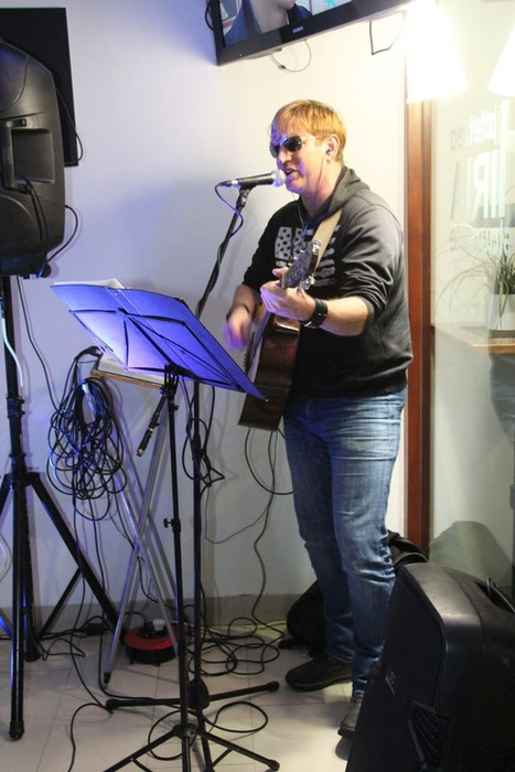 Poteo musikalak berotu du Urduñako giroa - 12