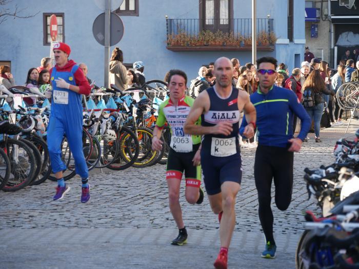 Ander Ganzabalek irabazi du San Silbestre lasterketa jendetsua - 26