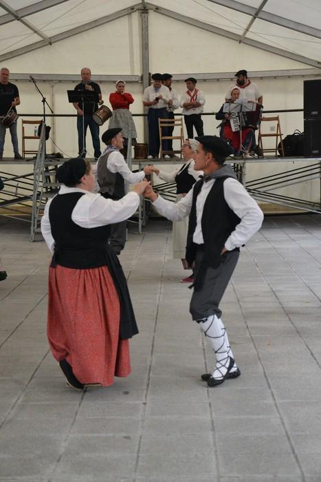 Untzueta dantza taldeak 35. urteurrena ospatu zuen atzo - 9