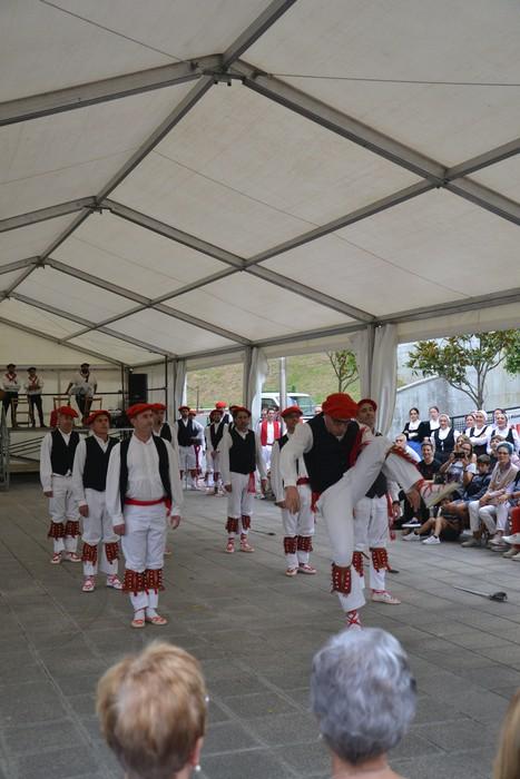 Untzueta dantza taldeak 35. urteurrena ospatu zuen atzo - 60
