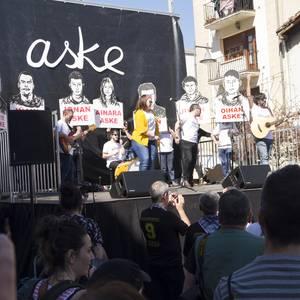 Altsasuko manifestazioaren argazki erreportajea