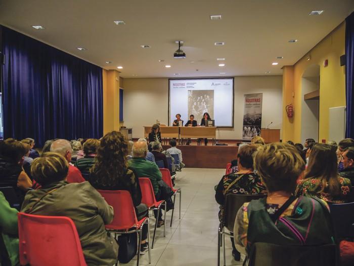 Amurrioko 12 emakumeren testigantzak bildu dituzte liburu batean