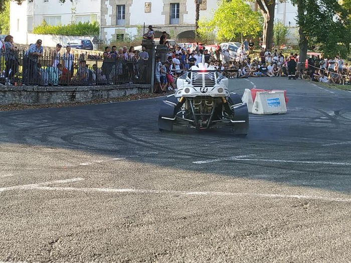 Motorshow topaketek auto klasiko mordoa batu zituzten - 9