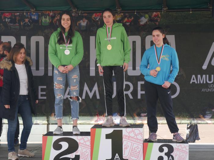 Aiaraldeko lasterkariak hainbat aldiz igo dira gaur podiumera Amurrio Krosean - 200