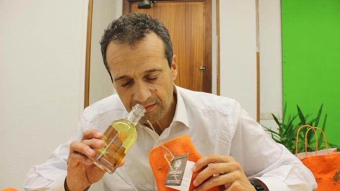 """""""Orain arte ez geneukan Euskal Herriari edota  Gernikako Arbolari loturiko koloniarik"""""""