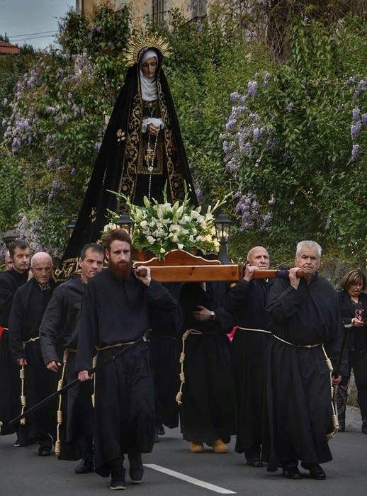 Laudion ere prozesioak hartu zuen kalea Ostiral Santuan - 5