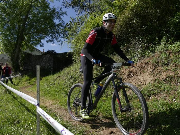 Zuriñe Frutosek eta Iñaki Isasik irabazi dute Aiarako Mendi Duatloia - 63