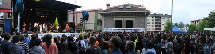 Eskola Publikoaren beharra aldarrikatu dute milaka herritarrek Amurrion - 4